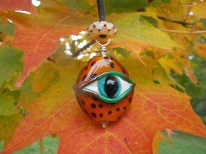 leopard eye pendant